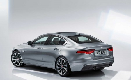 2020 Jaguar XE Rear Three-Quarter Wallpapers 450x275 (126)