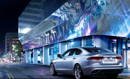 2020 Jaguar XE Rear Three-Quarter Wallpapers 450x275 (107)