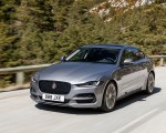 2020 Jaguar XE S D180 (Color: Eiger Grey) Front Three-Quarter Wallpapers 150x120 (32)