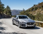 2020 Jaguar XE S D180 (Color: Eiger Grey) Front Three-Quarter Wallpapers 150x120 (34)