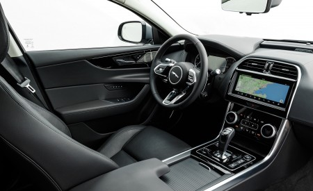 2020 Jaguar XE S D180 (Color: Eiger Grey) Interior Wallpapers 450x275 (54)