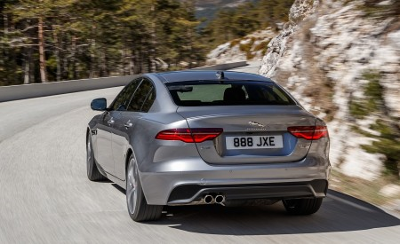 2020 Jaguar XE S D180 (Color: Eiger Grey) Rear Three-Quarter Wallpapers 450x275 (46)