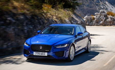 2020 Jaguar XE S R-Dynamic P250 (Color: Caesium Blue) Front Three-Quarter Wallpapers 450x275 (61)