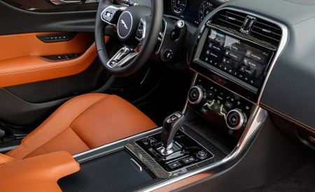 2020 Jaguar XE S R-Dynamic P250 (Color: Caesium Blue) Interior Wallpapers 450x275 (85)