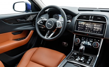 2020 Jaguar XE S R-Dynamic P250 (Color: Caesium Blue) Interior Wallpapers 450x275 (84)
