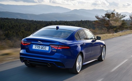2020 Jaguar XE S R-Dynamic P250 (Color: Caesium Blue) Rear Three-Quarter Wallpapers 450x275 (67)