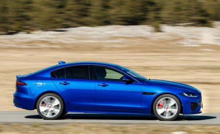2020 Jaguar XE S R-Dynamic P250 (Color: Caesium Blue) Side Wallpapers 450x275 (69)