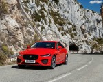 2020 Jaguar XE S R-Dynamic P300 (Color: Caldera Red) Front Wallpapers 150x120 (13)