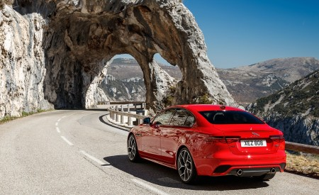2020 Jaguar XE S R-Dynamic P300 (Color: Caldera Red) Rear Three-Quarter Wallpapers 450x275 (17)