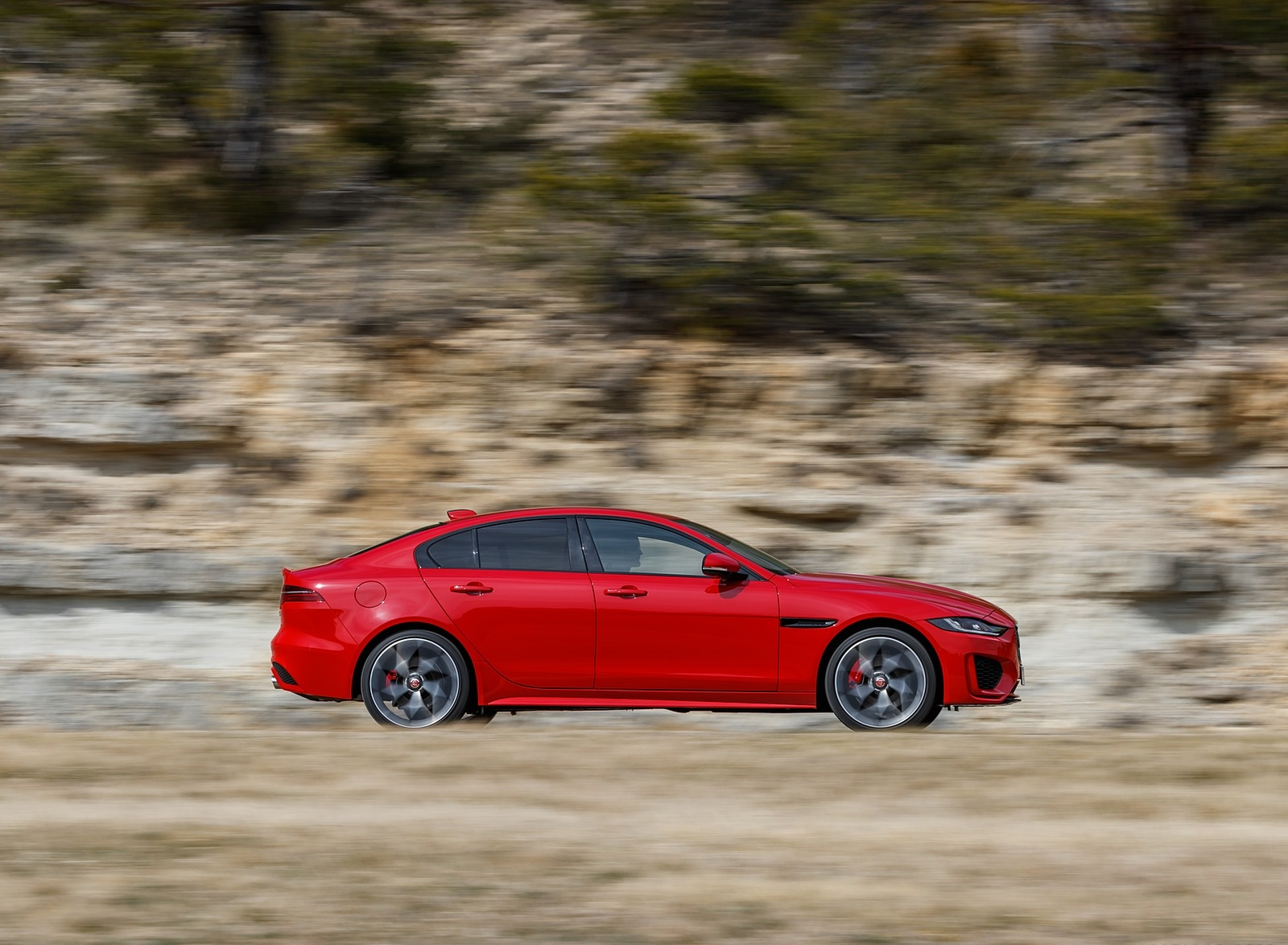 2020 Jaguar XE S R-Dynamic P300 (Color: Caldera Red) Side Wallpapers (7)