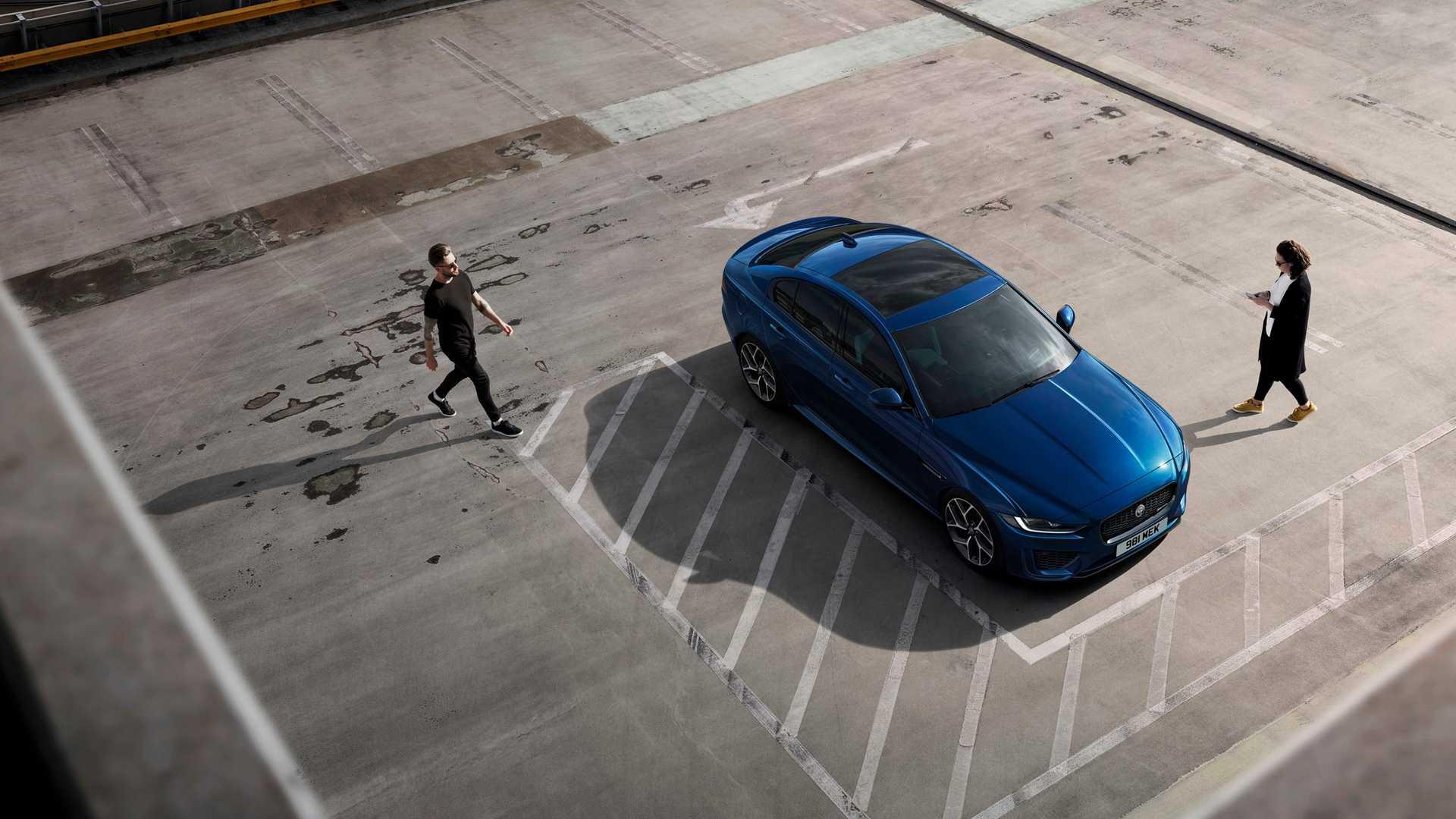 2020 Jaguar XE Top Wallpaper (15)