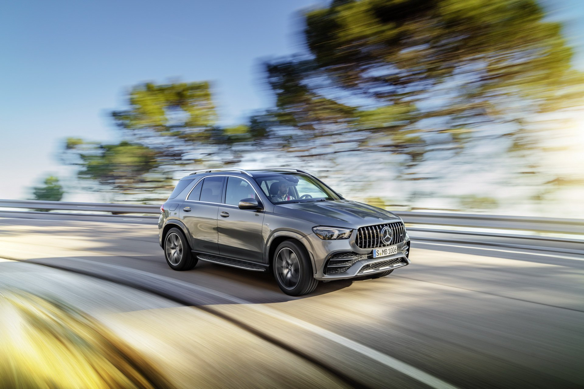 2020 Mercedes-AMG GLE 53 4MATIC+ (Color: Selenite Grey) Front Three-Quarter Wallpapers (1)