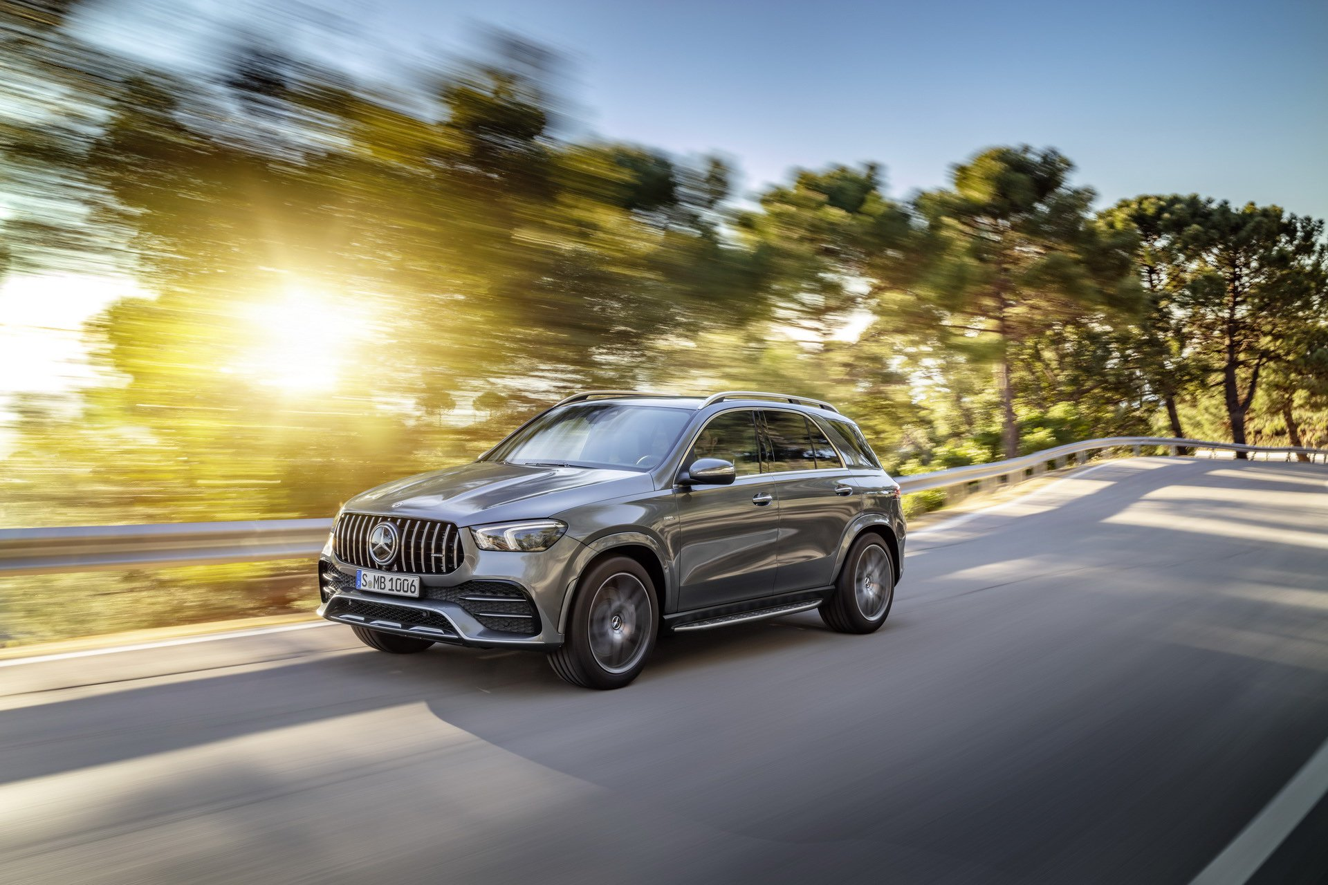 2020 Mercedes-AMG GLE 53 4MATIC+ (Color: Selenite Grey) Front Three-Quarter Wallpapers (7)