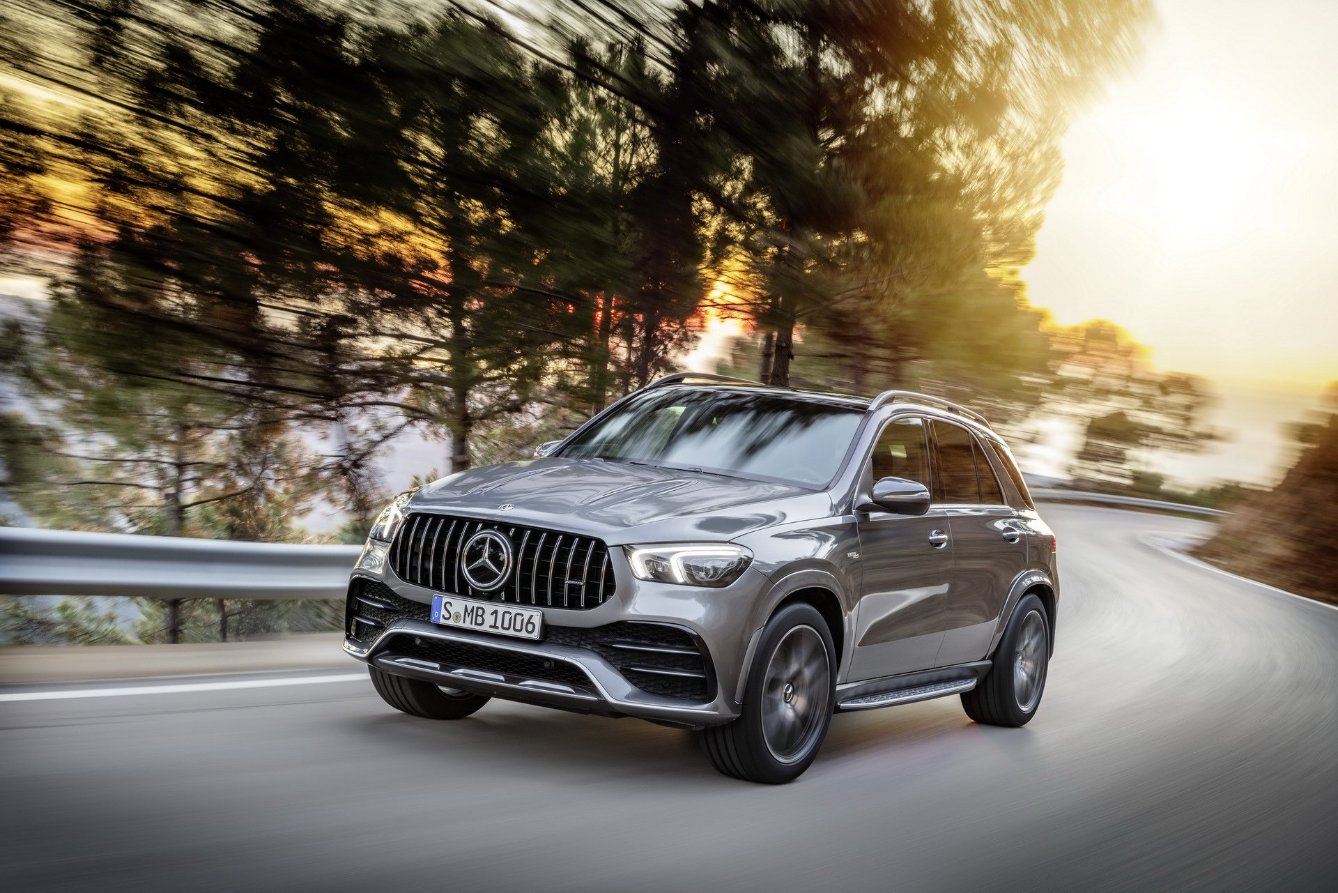 2020 Mercedes-AMG GLE 53 4MATIC+ (Color: Selenite Grey) Front Wallpapers (8)