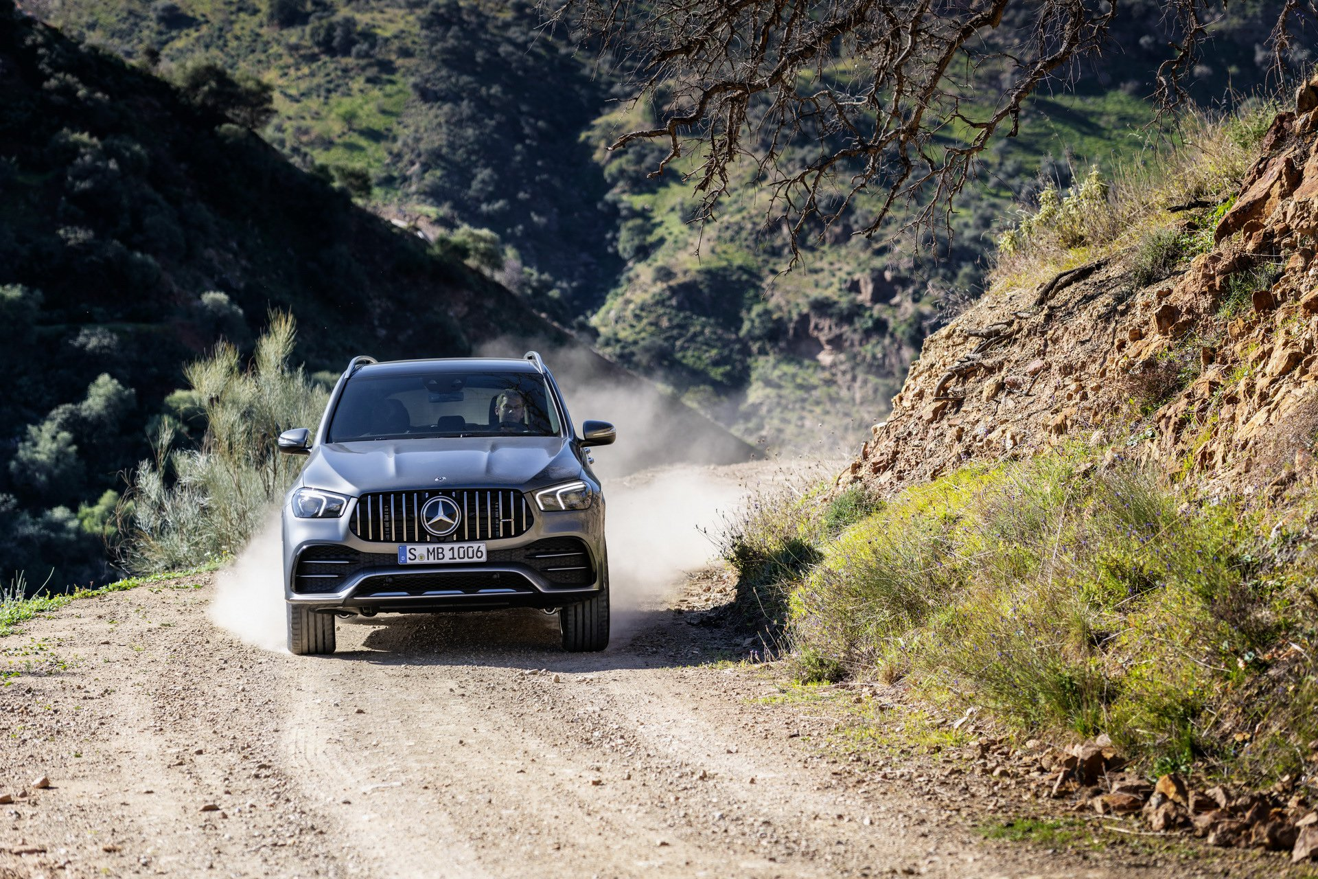 2020 Mercedes-AMG GLE 53 4MATIC+ (Color: Selenite Grey) Off-Road Wallpapers (13)