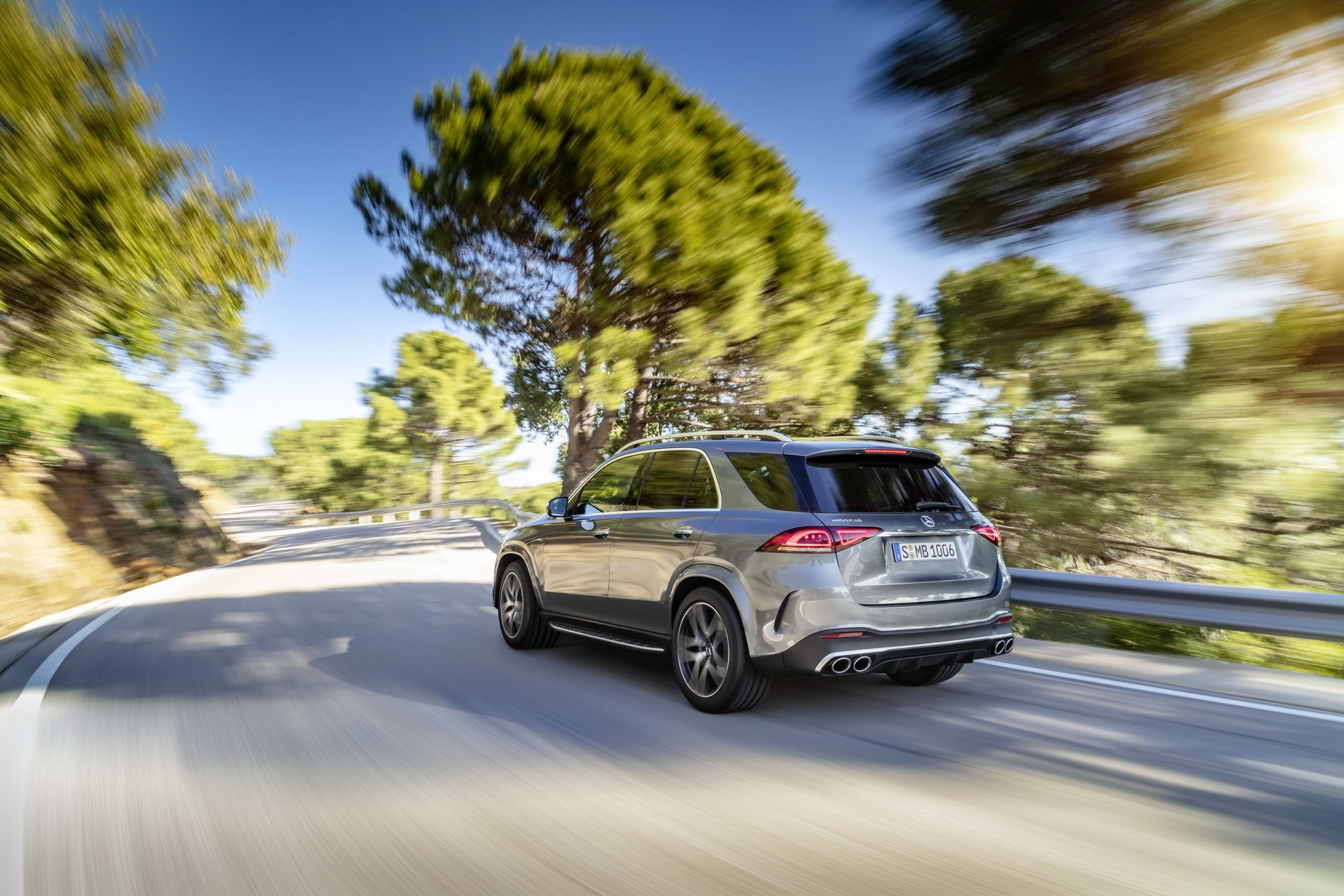 2020 Mercedes-AMG GLE 53 4MATIC+ (Color: Selenite Grey) Rear Three-Quarter Wallpapers (3)