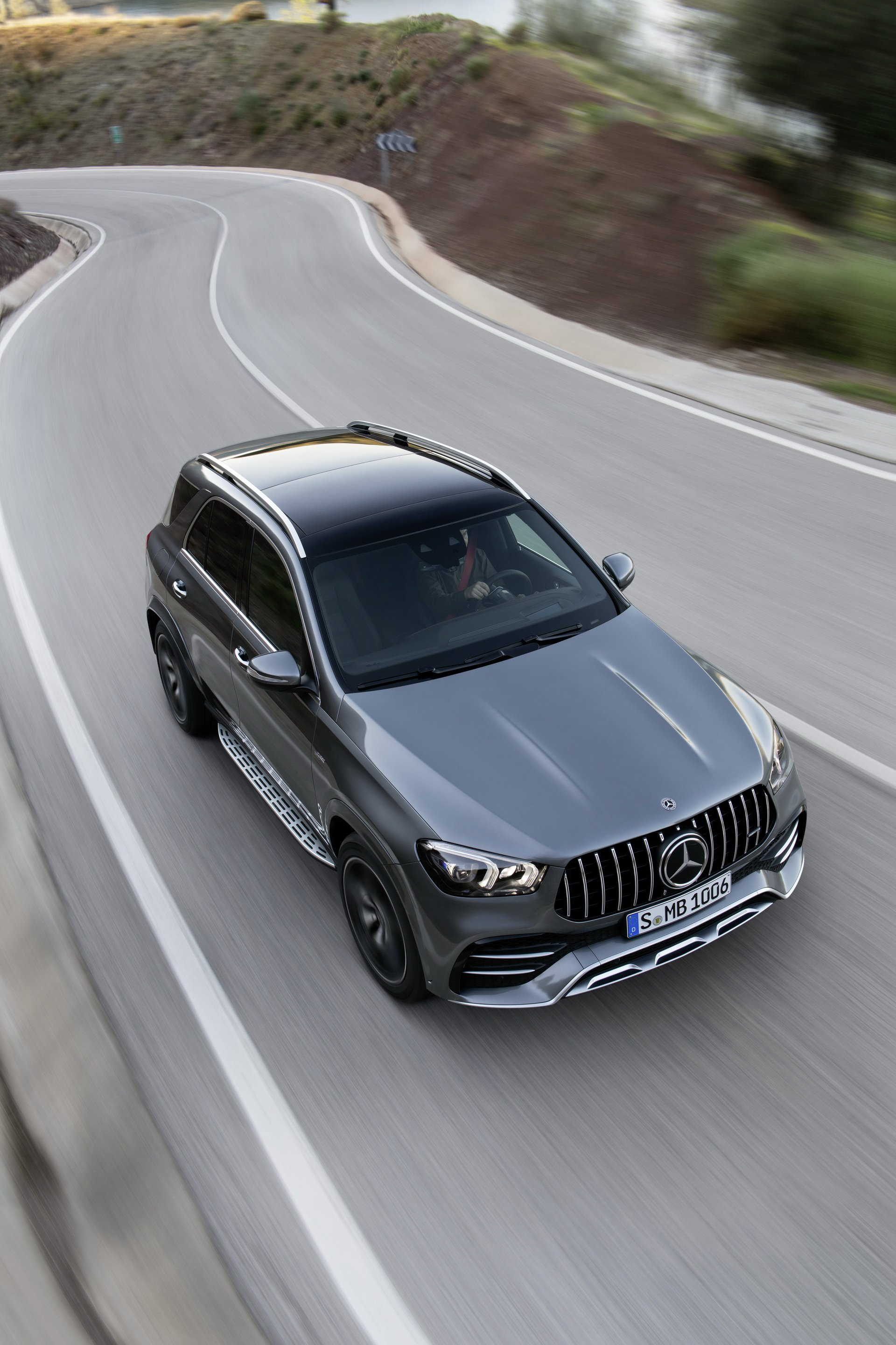 2020 Mercedes-AMG GLE 53 4MATIC+ (Color: Selenite Grey) Top Wallpapers (11)