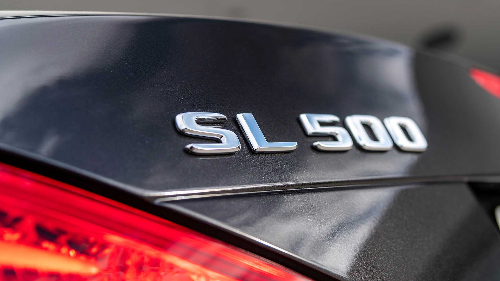 2020 Mercedes-Benz SL 500 Grand Edition (Color: Graphite Grey) Badge Wallpapers (8)