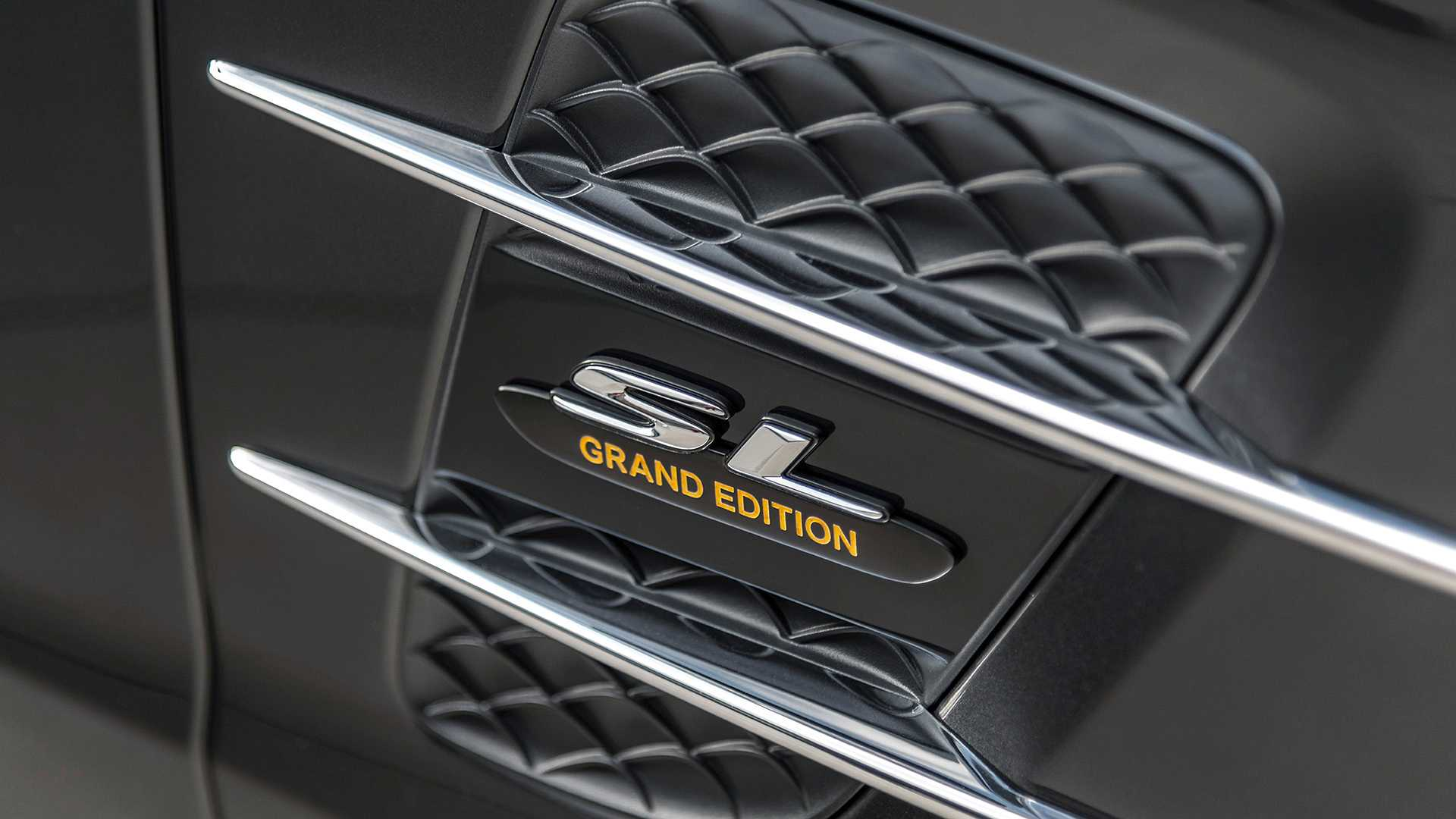 2020 Mercedes-Benz SL 500 Grand Edition (Color: Graphite Grey) Side Vent Wallpapers (9)