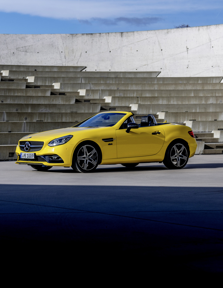2020 Mercedes-Benz SLC 300 Final Edition Front Three-Quarter Wallpaper (5)