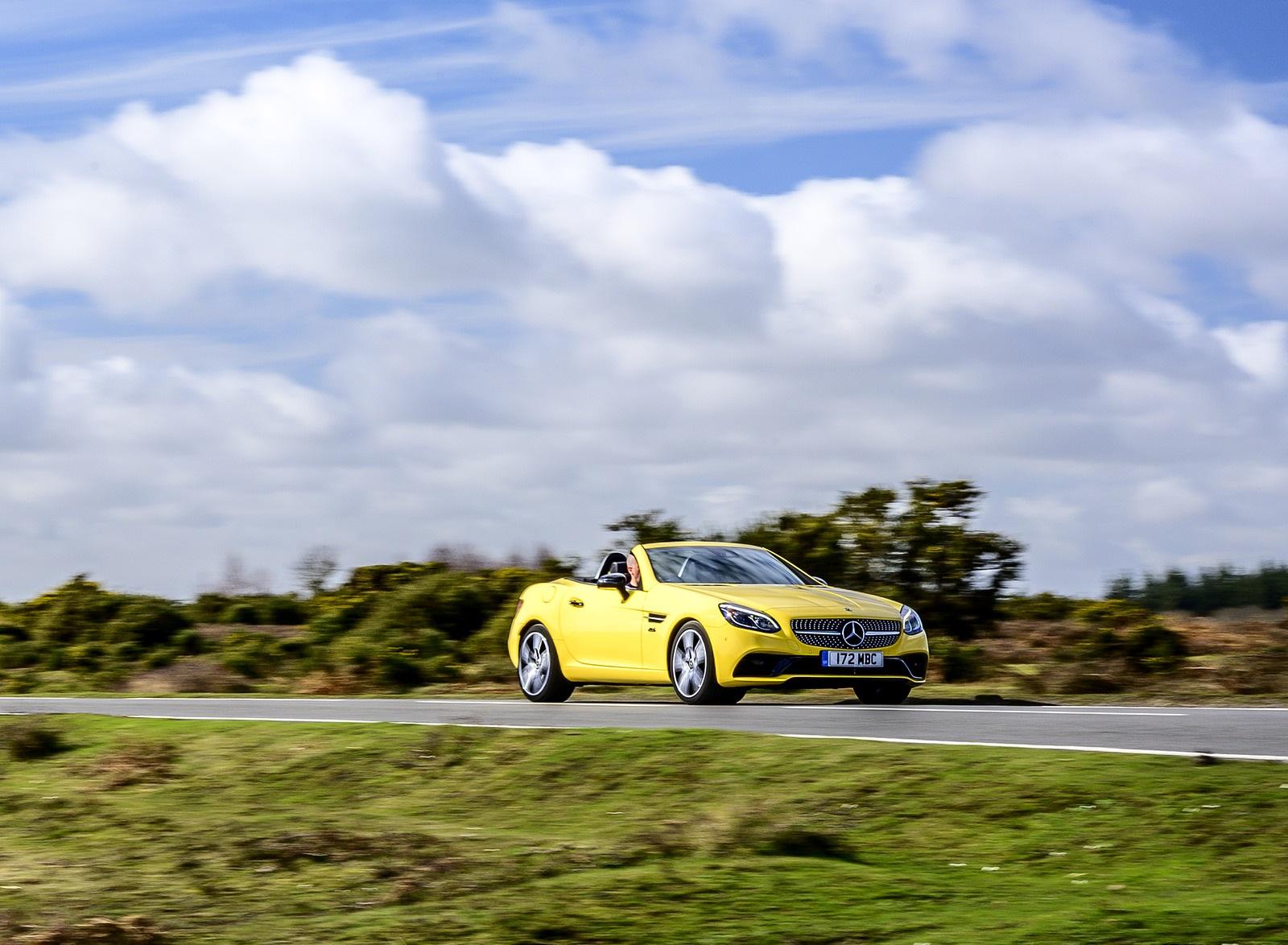 2020 Mercedes-Benz SLC Final Edition (UK-Spec) Front Three-Quarter Wallpapers (2)