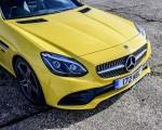 2020 Mercedes-Benz SLC Final Edition (UK-Spec) Grill Wallpapers 150x120 (19)