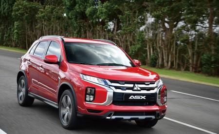 2020 Mitsubishi Outlander Sport Front Three-Quarter Wallpapers 450x275 (5)
