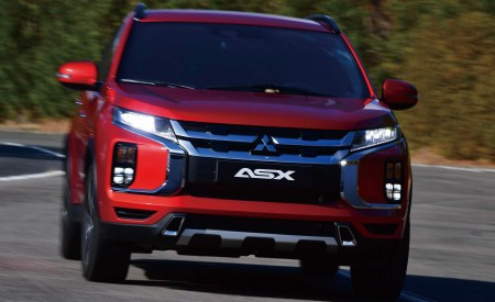 2020 Mitsubishi Outlander Sport Front Wallpapers 450x275 (16)