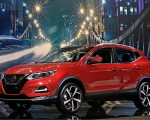 2020 Nissan Rogue Sport Front Three-Quarter Wallpapers 150x120 (50)