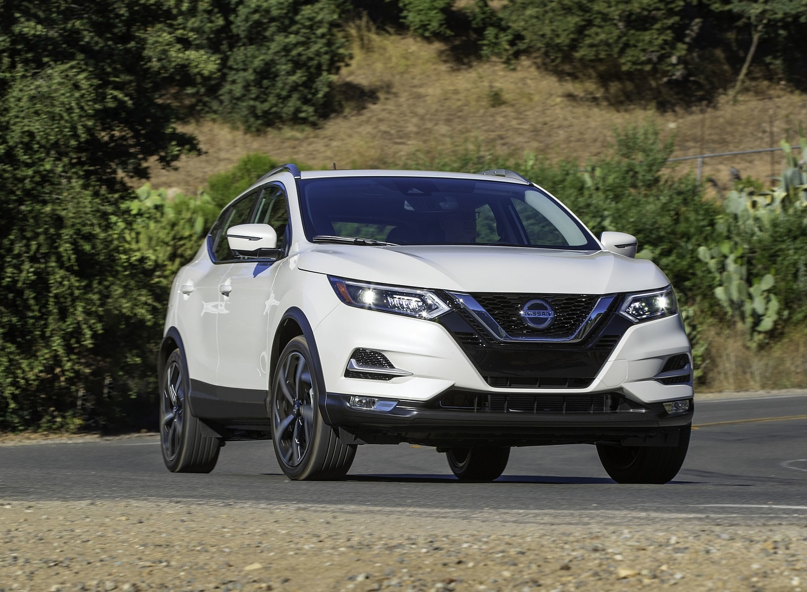2020 Nissan Rogue Sport Front Three-Quarter Wallpapers (3)