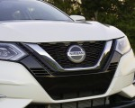2020 Nissan Rogue Sport Grill Wallpapers 150x120 (11)
