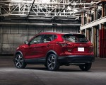 2020 Nissan Rogue Sport Rear Three-Quarter Wallpapers 150x120 (23)