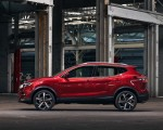 2020 Nissan Rogue Sport Side Wallpapers 150x120 (4)