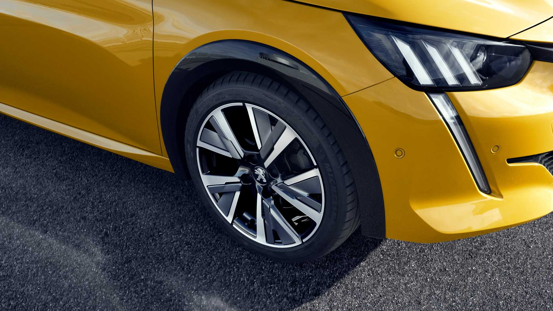 2020 Peugeot 208 Wheel Wallpapers (15)