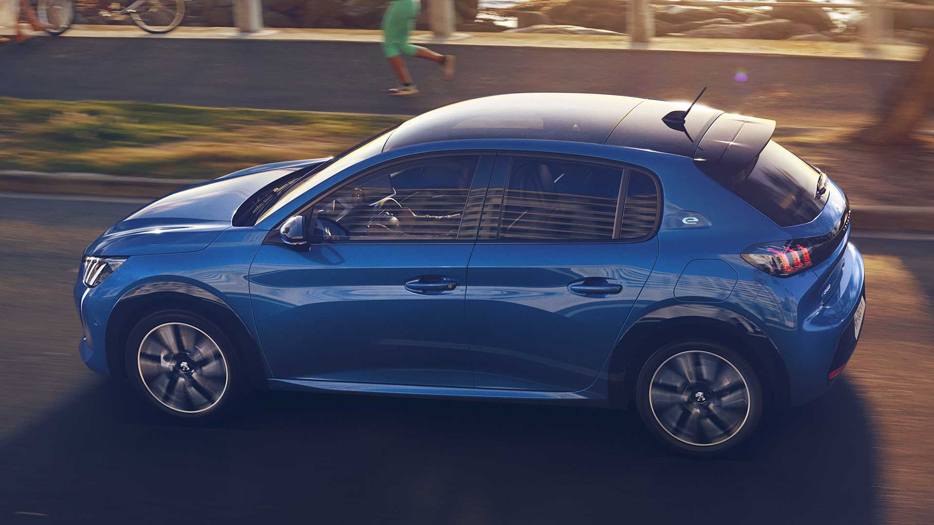 2020 Peugeot e-208 EV Side Wallpapers (8)