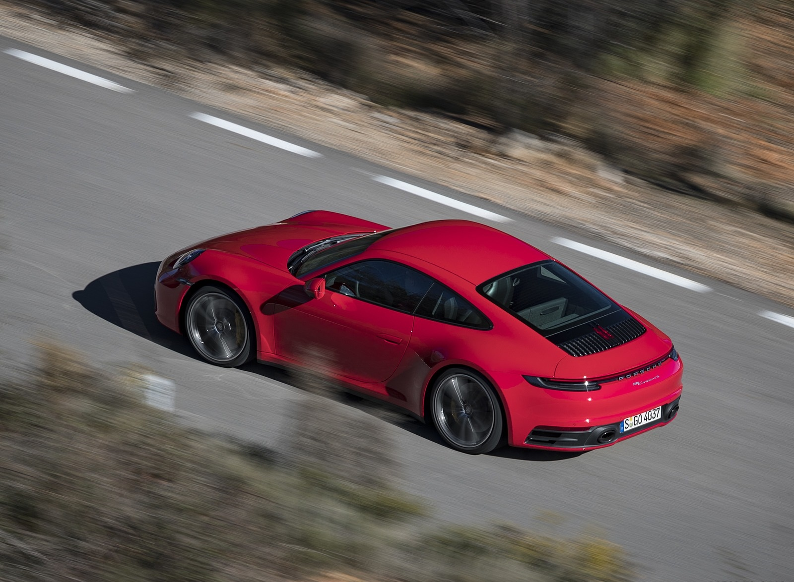 2020 Porsche 911 4S (Color: Guards Red) Rear Three-Quarter Wallpaper (5)