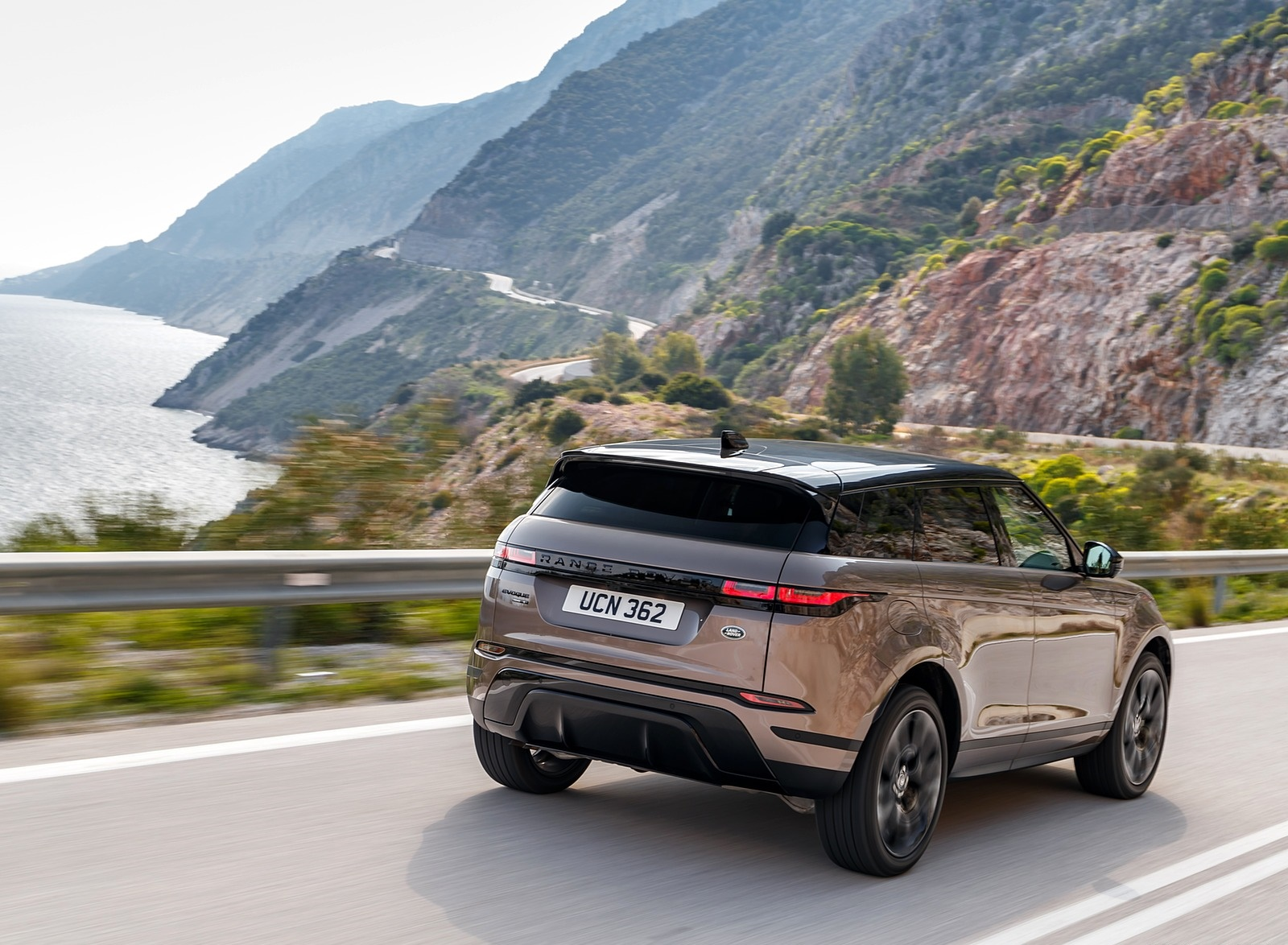 2020 Range Rover Evoque Rear Three-Quarter Wallpapers (5)