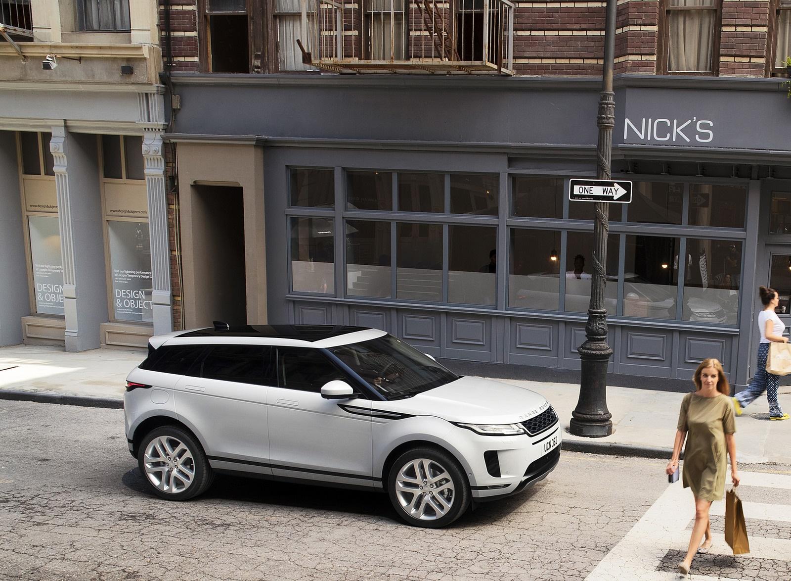 2020 Range Rover Evoque Side Wallpaper 85 Hd Wallpapers
