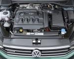 2020 Volkswagen Passat Alltrack (EU-Spec) Engine Wallpapers 150x120 (36)