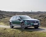2020 Volkswagen Passat Alltrack (EU-Spec) Front Three-Quarter Wallpapers 150x120 (26)
