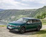 2020 Volkswagen Passat Alltrack (EU-Spec) Front Three-Quarter Wallpapers 150x120 (13)
