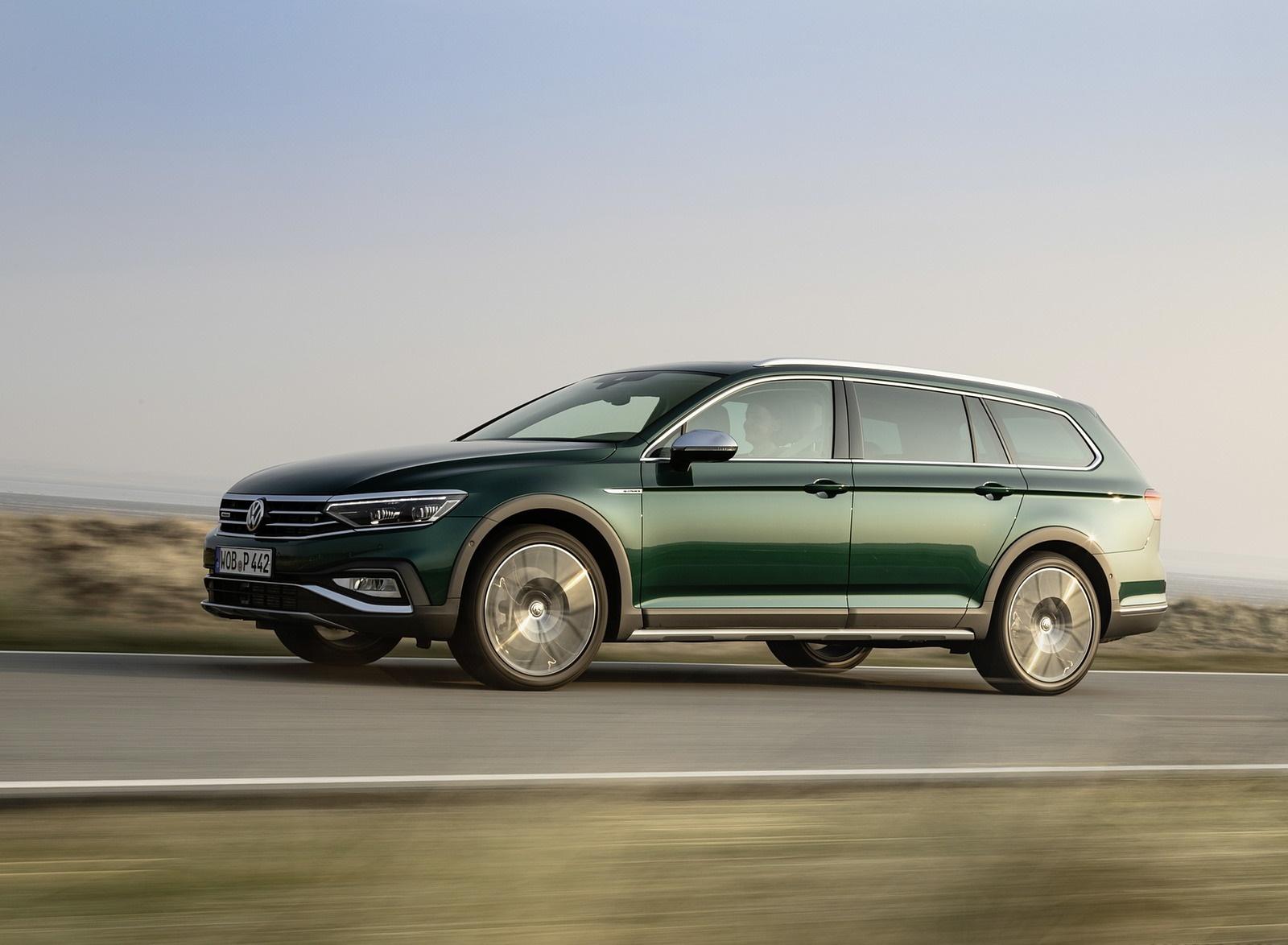 2020 Volkswagen Passat Alltrack (EU-Spec) Front Three-Quarter Wallpapers (3)