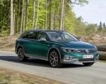 2020 Volkswagen Passat Alltrack (EU-Spec) Front Three-Quarter Wallpapers 150x120 (14)