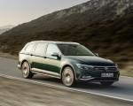 2020 Volkswagen Passat Alltrack (EU-Spec) Front Three-Quarter Wallpapers 150x120 (5)