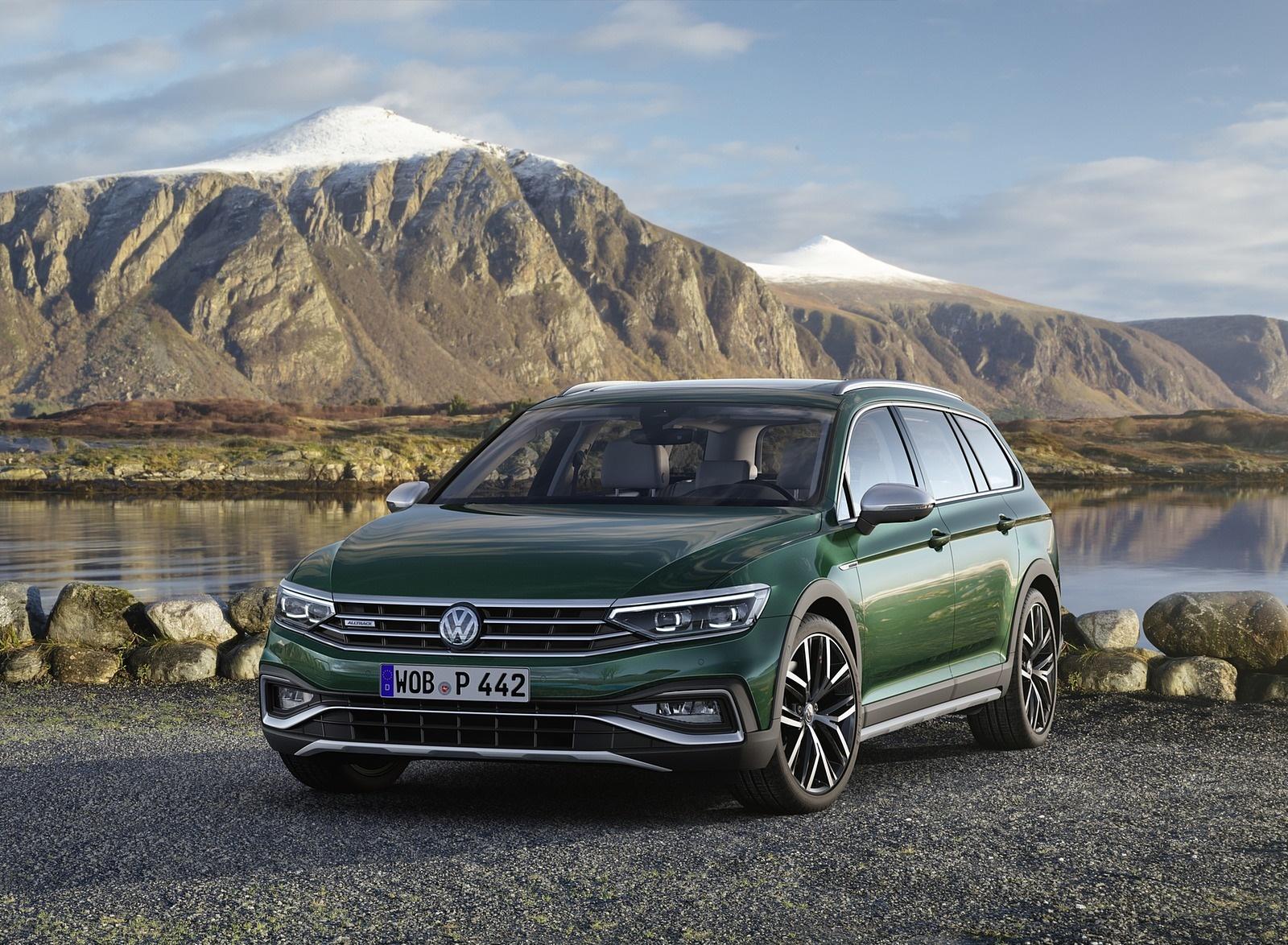 2020 Volkswagen Passat Alltrack (EU-Spec) Front Three-Quarter Wallpapers (5)
