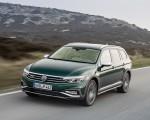 2020 Volkswagen Passat Alltrack (EU-Spec) Front Three-Quarter Wallpapers 150x120 (16)