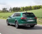2020 Volkswagen Passat Alltrack (EU-Spec) Rear Three-Quarter Wallpapers 150x120 (20)