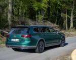 2020 Volkswagen Passat Alltrack (EU-Spec) Rear Three-Quarter Wallpapers 150x120 (22)