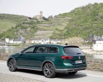 2020 Volkswagen Passat Alltrack (EU-Spec) Rear Three-Quarter Wallpapers 150x120 (33)