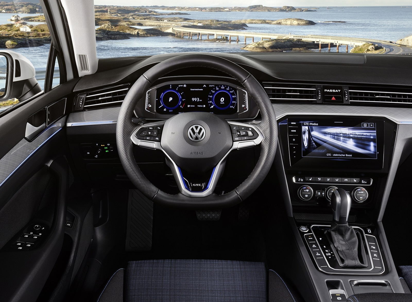2020 Volkswagen Passat GTE (EU-Spec) Interior Cockpit Wallpapers (14)